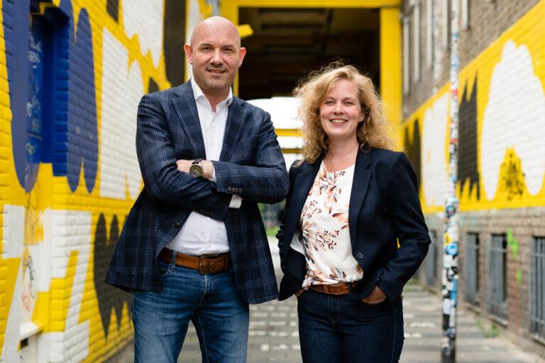 Samenwerking 2021: Vincent (bouwmanagement) en Katja (communicatie) gezamenlijk het gezicht van db-m